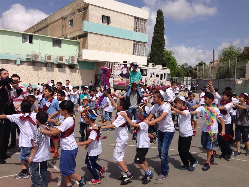 500 ילדים התכוננו למתן תורה